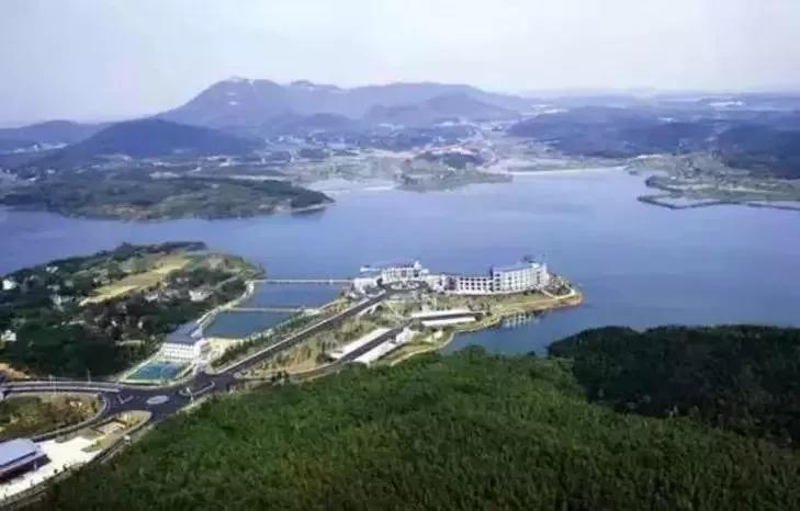 薛埠镇,是江苏省重点镇,是常州市金坛区下辖镇,地处茅山东麓,是常州市